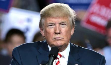 https://commons.wikimedia.org/wiki/File:Donald_Trump_(29496131773).jpg